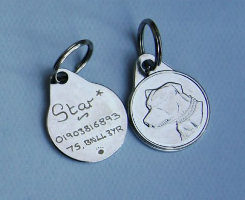 DOG BREED TAGS 25MM  ENGRAVED POODLE, STAFFIE, LAB, GERMAN SHEPHERD, COLLIE